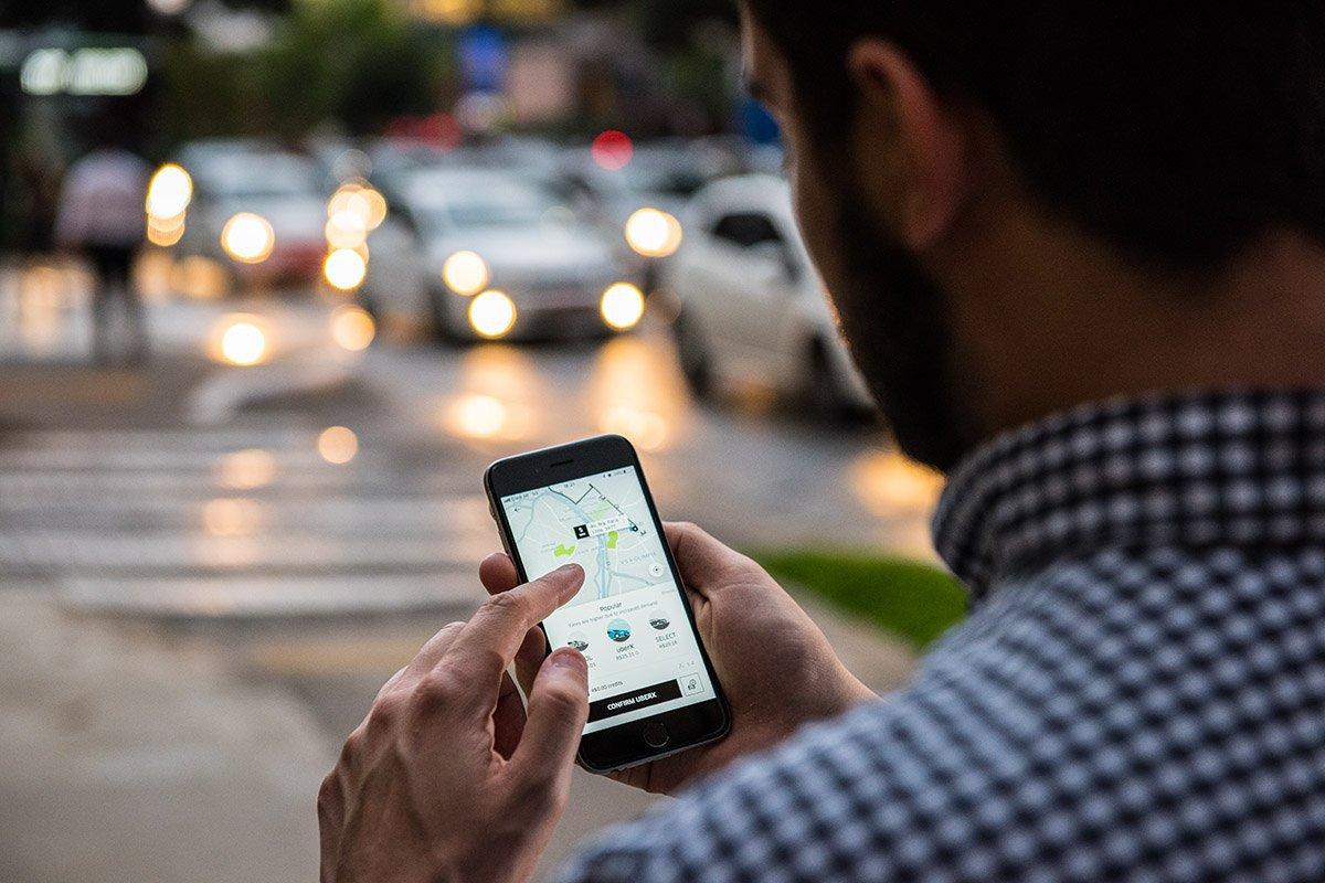 Uber demorando? App cobrará a mais por menos espera