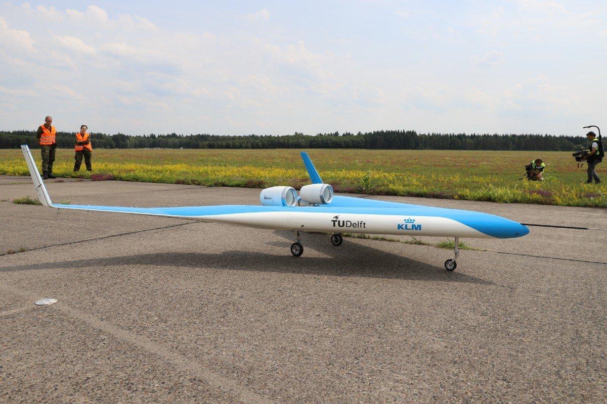 Avião Flying V