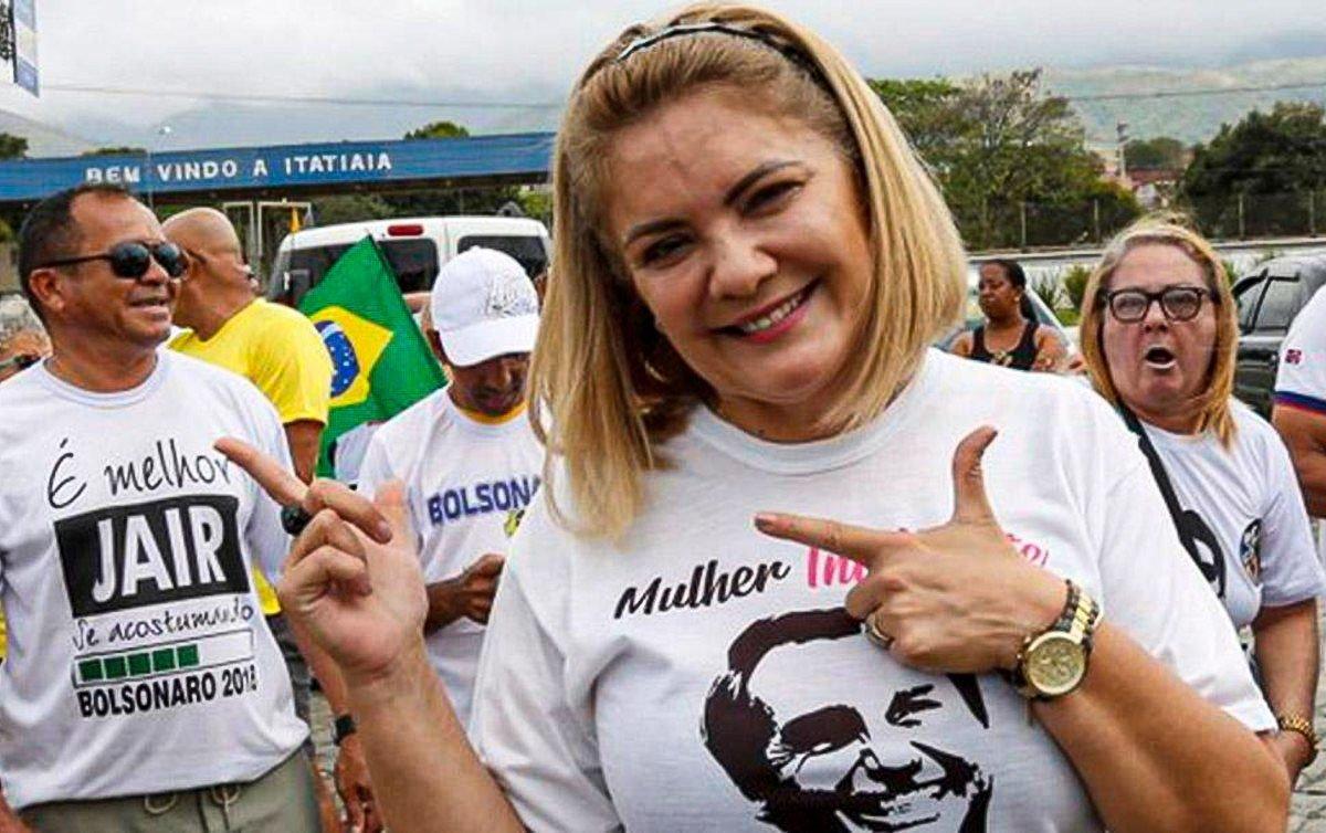 CPI da Covid aprova convocação da ex-mulher de Bolsonaro