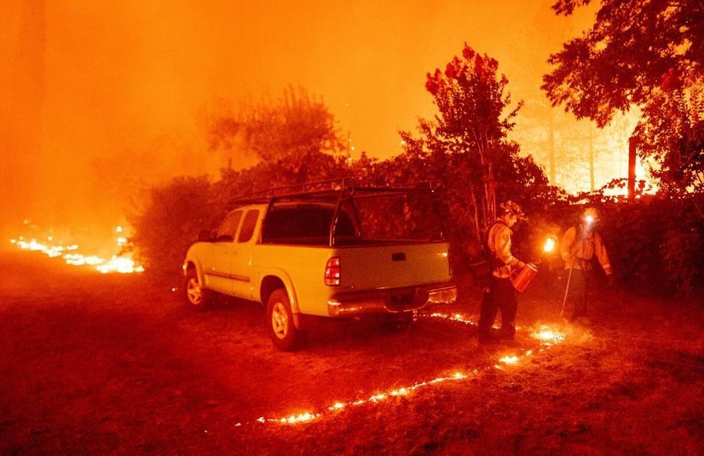 Incêndios devastam a costa oeste dos EUA e deixam seis mortos