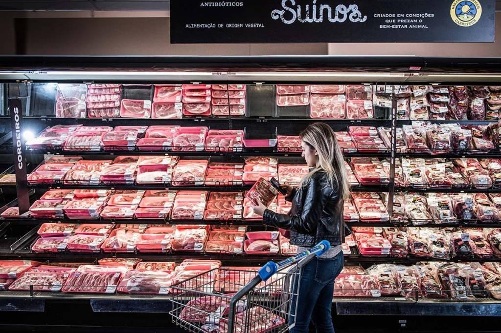 Carrefour; Carnes Especiais; Supermercado; Suinos; Consumidor