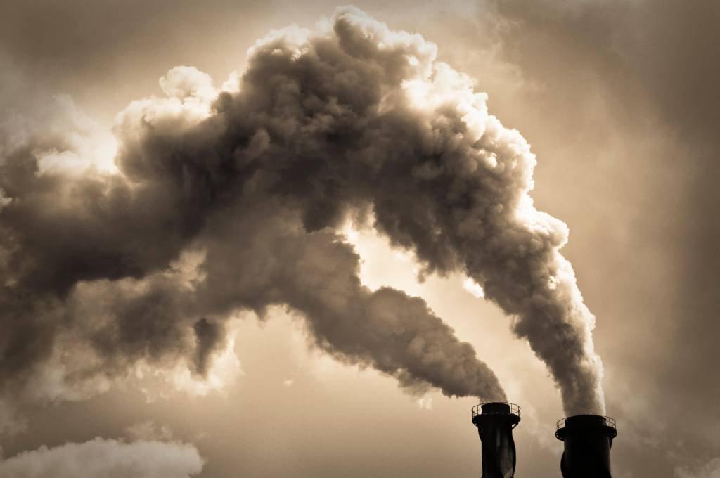 Emissão de CO2; poluição; meio ambiente