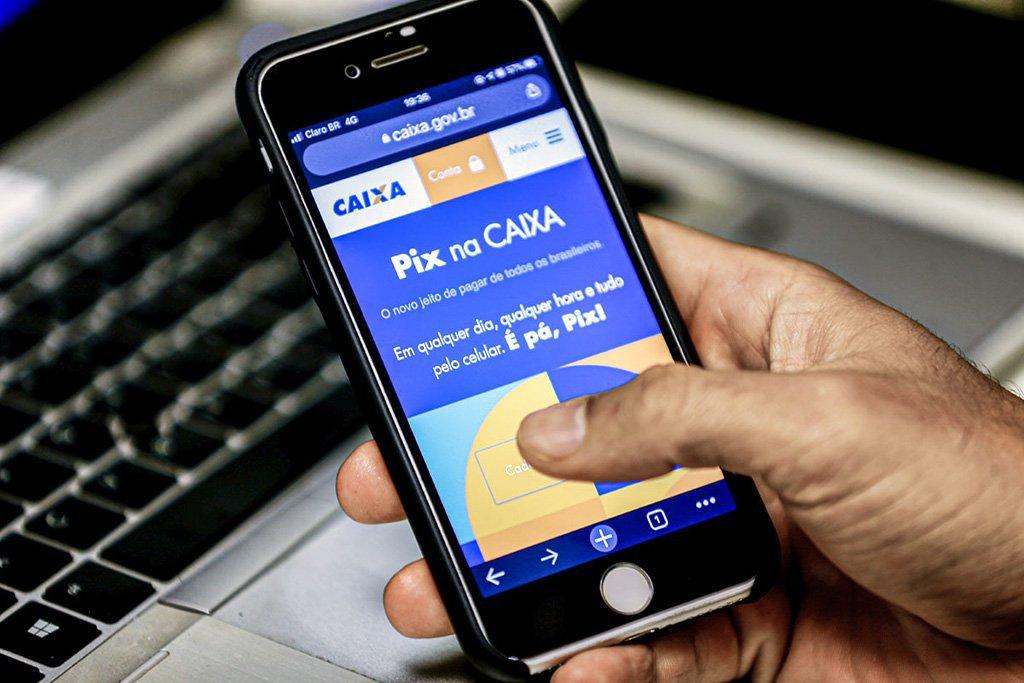 Aplicativo Pix é um novo jeito de fazer pagamentos, transferências e receber dinheiro desenvolvido pelo Banco Central