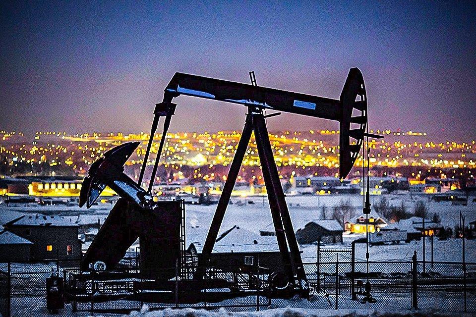 extracao-petroleo-materia-prima