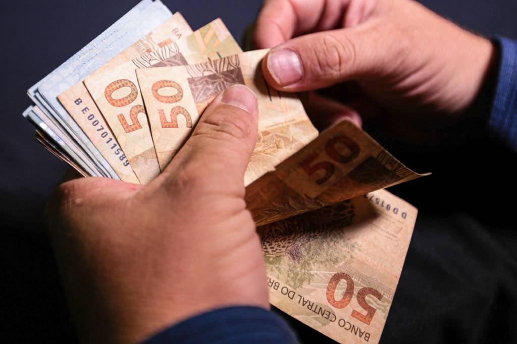 13º salário - Real, dinheiro, moeda, nota