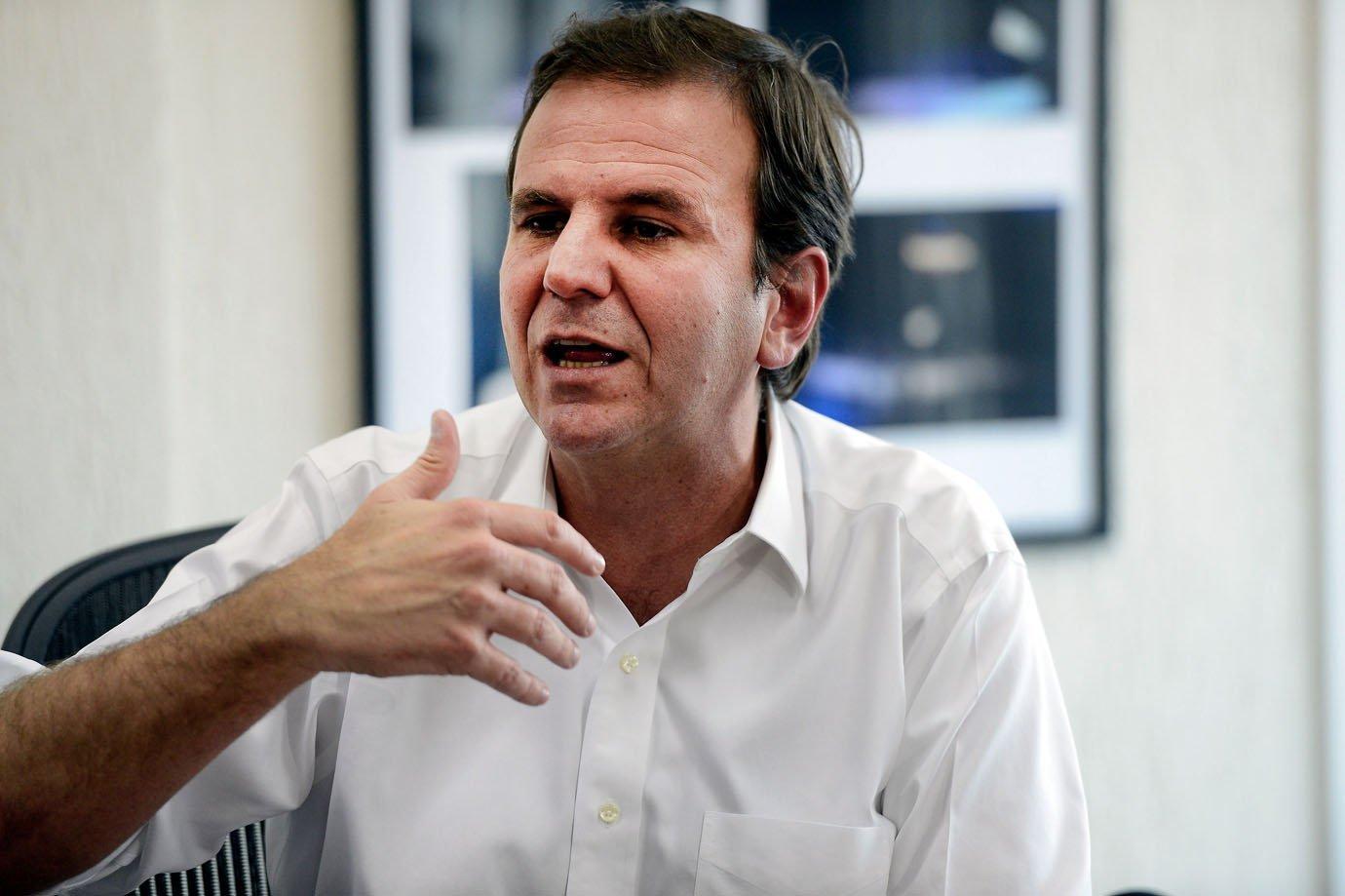 Rio de Janeiro - Coletiva de imprensa com o prefeito Eduardo Paes, para falar sobre o vazamento da conversa entre ele e o ex-presidente Lula (Tânia Rêgo/Agência Brasil) eleição - eleições - eleições municipais