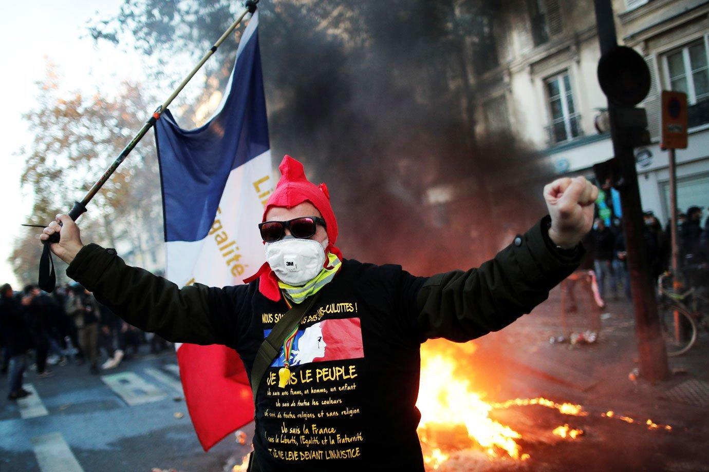 Protestos na França contra a nova lei de segurança nacional