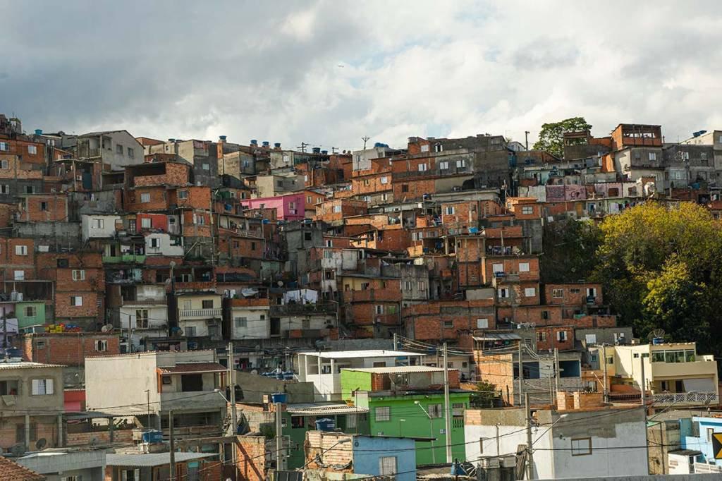 Favela; Comunidade; Habitação; Popular