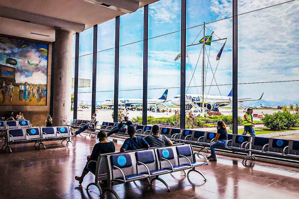 Aeroporto; Azul; Santos Dumont; Pista; Espera;