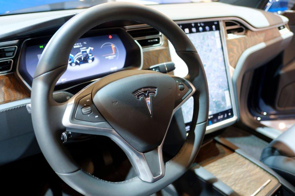 Como A Tesla Iniciou Sua Transicao Para Se Tornar Uma Empresa De Servicos Exame