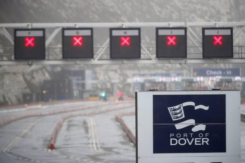 porto-de-dover-reuno-unido-fronteiras-fechadas