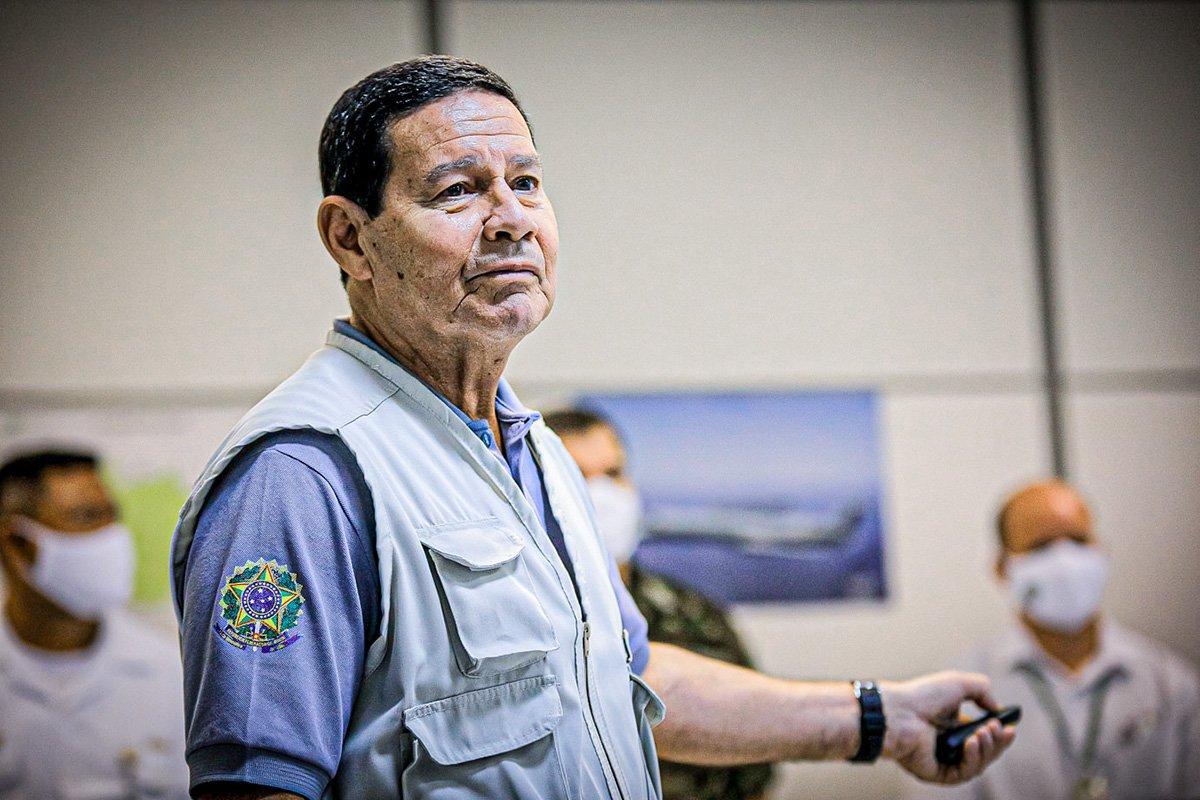 O Vice-Presidente da República, Hamilton Mourão, durante visita ao Centro de Monitoramento da Amazônia (CENSIPAM)