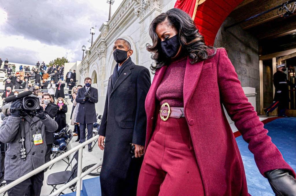 O ex-presidente dos EUA Barack Obama e sua esposa Michelle Obama chegam antes da posse de Joe Biden como o 46º presidente dos Estados Unidos na Frente Oeste do Capitólio dos EUA em Washington, EUA, em 20 de janeiro de 2021. REUTERS / Jonathan Ernst