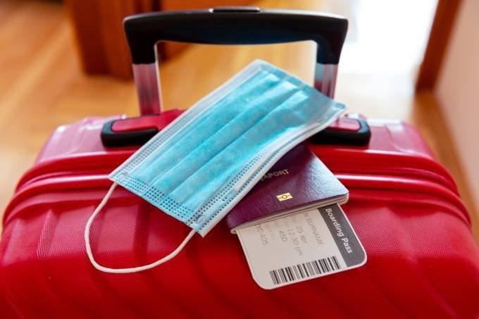 Empresas dos EUA adotam cautela em retomar viagens