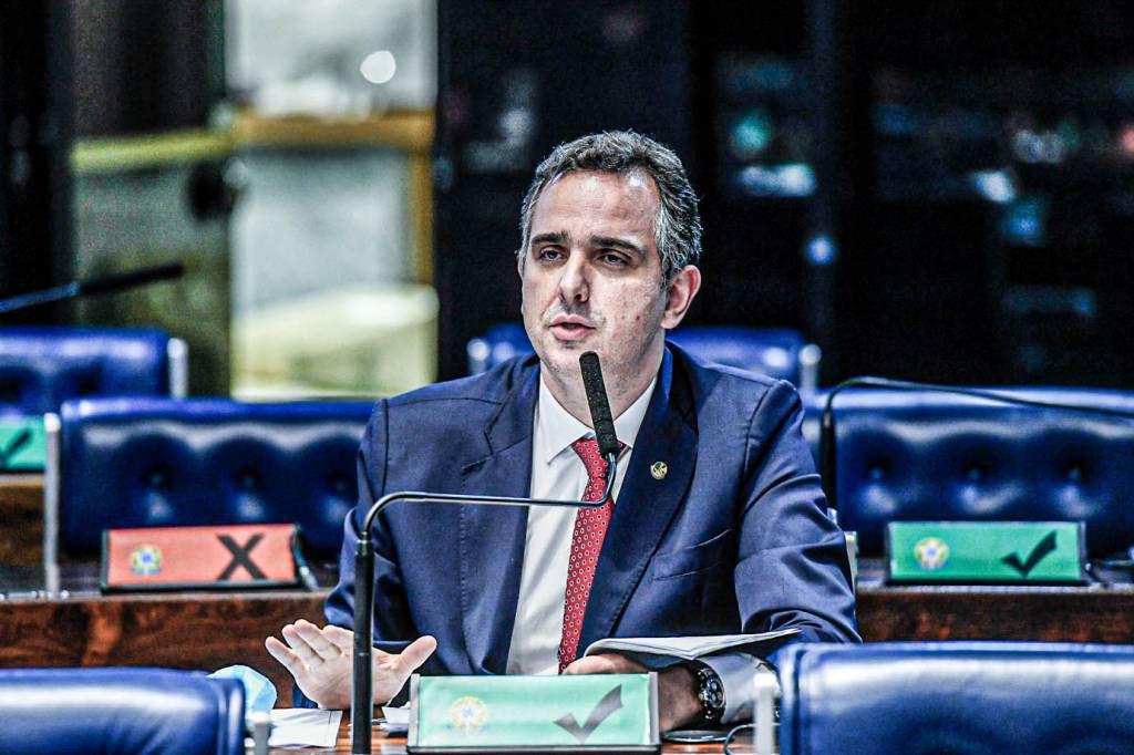 Apoiado por Bolsonaro, Rodrigo Pacheco (DEM-MG) foi eleito presidente do Senado