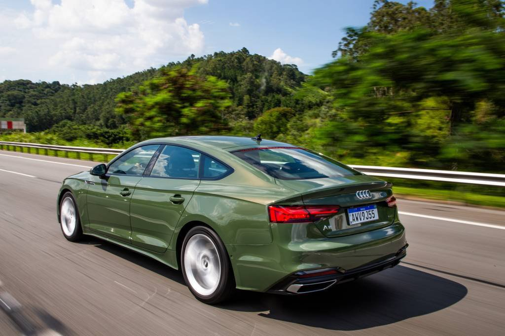Audi A5 17665 How much it costs and what are the differentials of the new and technological Audi A5 Sportback