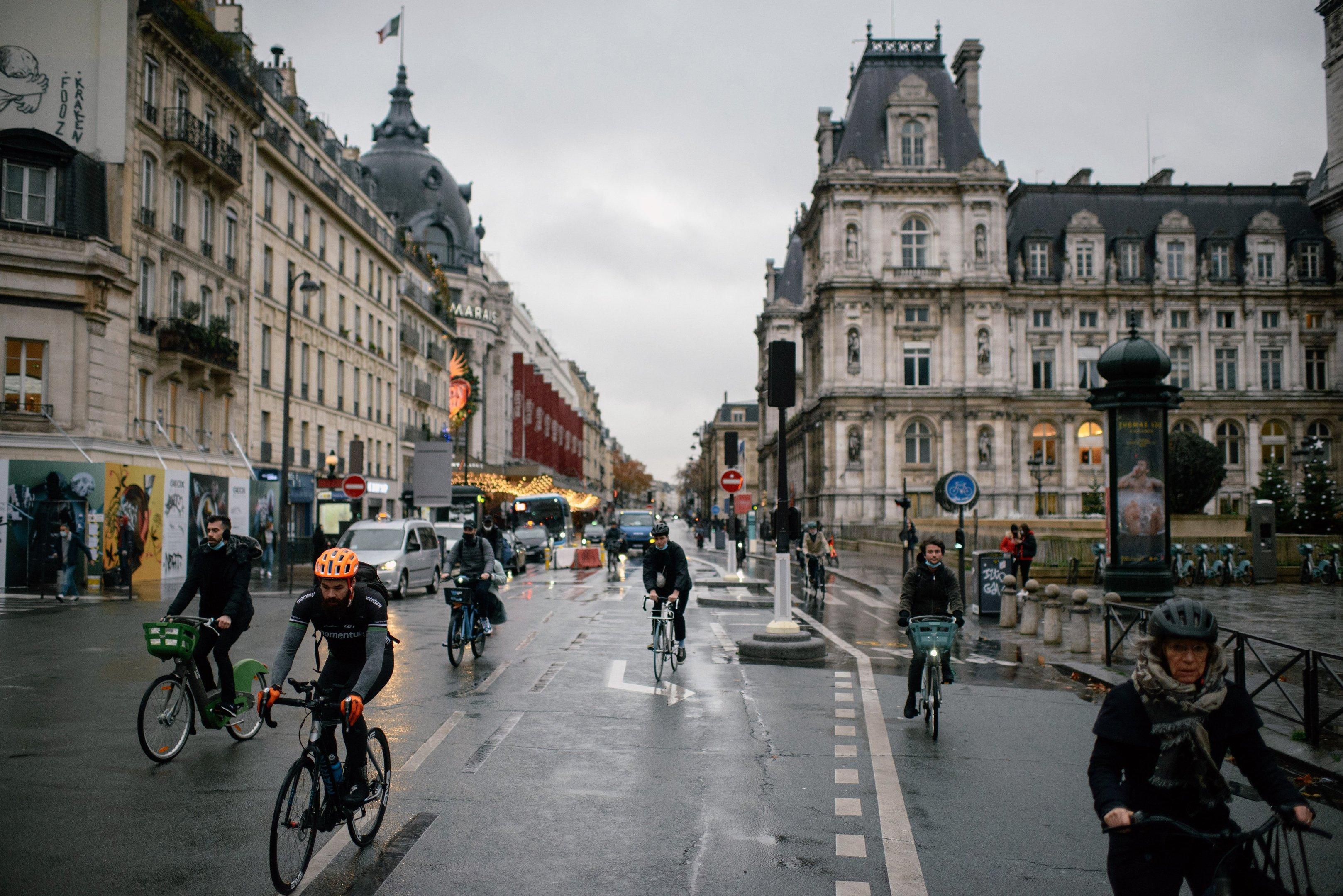 Espaços verdes, ciclovias e mais: o desafio das cidades europeias para trazer moradores de volta do campo