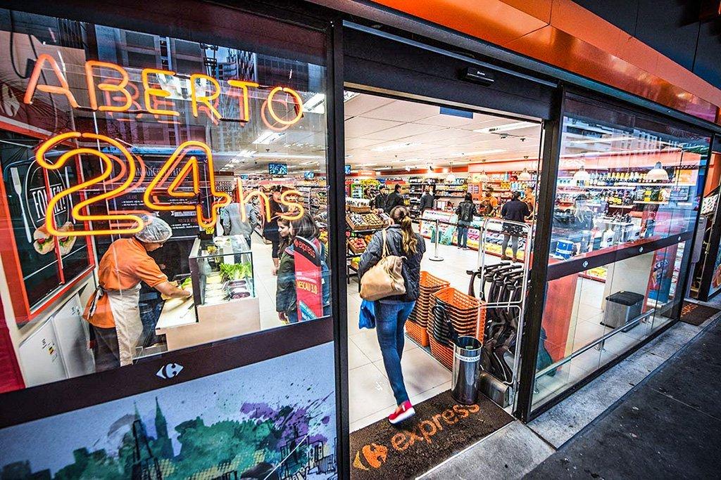 Carrefour; Express, Supermercado; Mini; 24 horas; Av Paulista Foto: Germano Lüders 17/08/2017