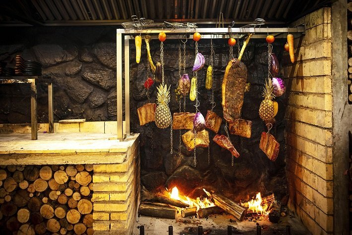 Varal 87 Varal de carnes e legumes Barbecue Revolution: the new bets of meat shops to heat up the sector