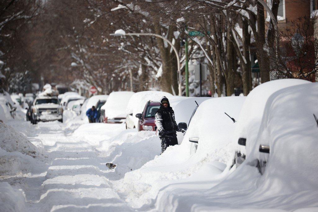 NEVASCA NOS EUA: Onda de frio mata 20, deixa milhões sem luz e atrapalha vacinação