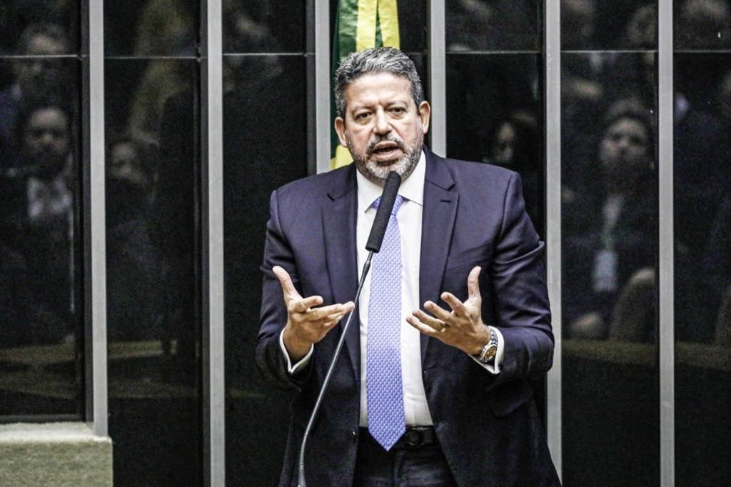 Eleito com 305 votos, o deputado Arthur Lira é o novo presidente da Câmara dos Deputados