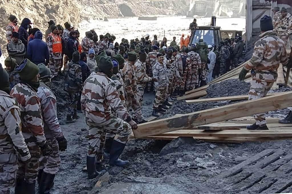 Ruptura de geleira do Himalaia deixa ao menos 170 desaparecidos na Índia