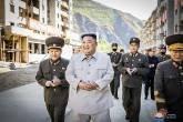 Kim Jong-un promete milhares de novas casas após passagem de tufão