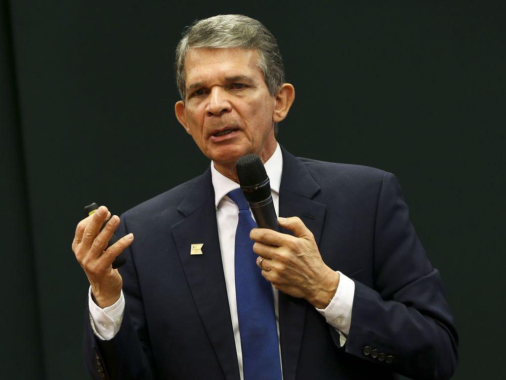 Conselho da Petrobras autoriza assembleia que votará troca de presidente da companhia
