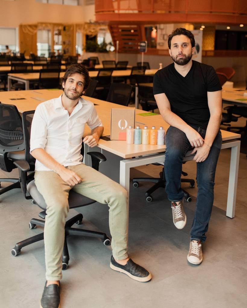 Dimitri Ribeiro e Pedro Nunes MeuQ 02 A shampoo to call your own: startup innovates with personalized cosmetics