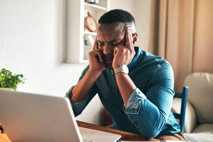 Maioria aprova o home office, mas excesso de trabalho preocupa