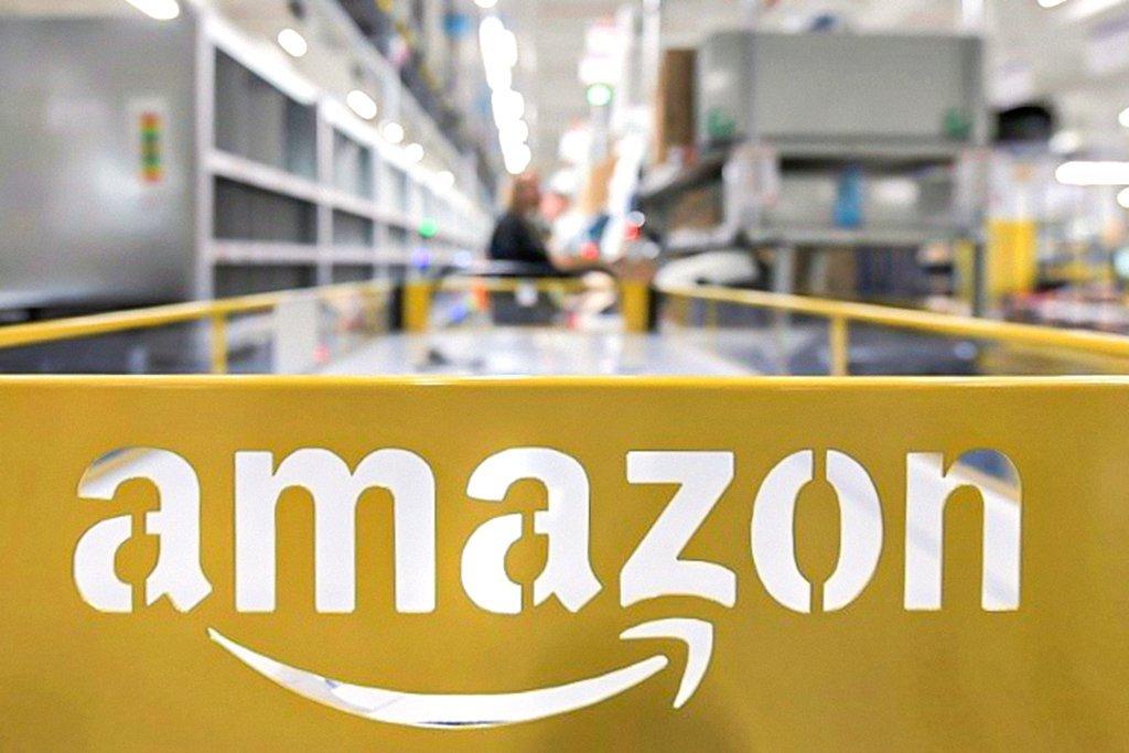 Amazon quer que funcionários voltem ao escritório três dias por semana