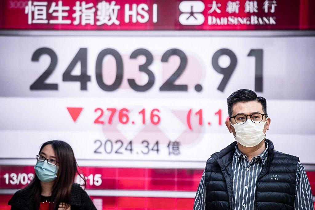 Bolsas na Ásia fecham em queda após aumento da tensão entre EUA e China sobre origem do coronavírus