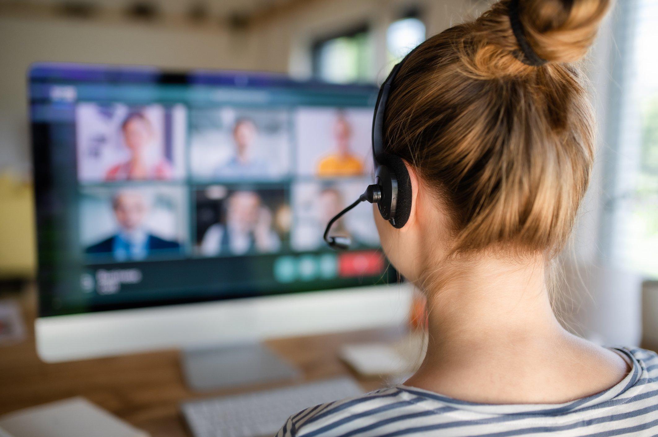 """Site """"Zoom Escaper"""" ajuda a fugir de reuniões por videochamada   Exame"""