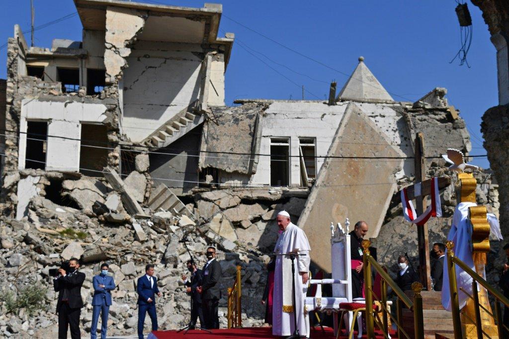 papa_visita_iraque_mossul_estado_islamico