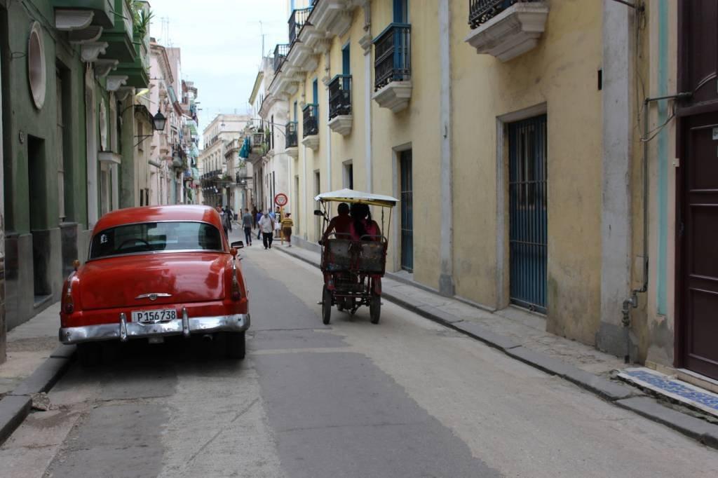 2021 04 15T095752Z 2 LYNXMPEH3D187 RTROPTP 4 CUBA POLITICS ECONOMY 1 Raúl Casto's departure marks the end of an era in Cuba