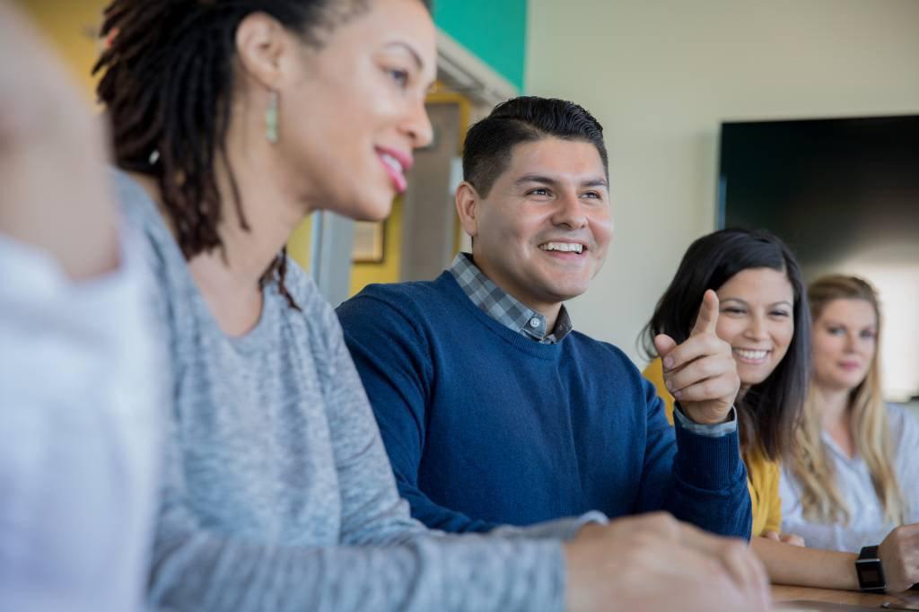 Empresas dos EUA quadruplicam número de latinos em conselhos