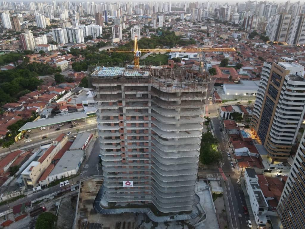 obra construtora Colmeia, de Fortaleza