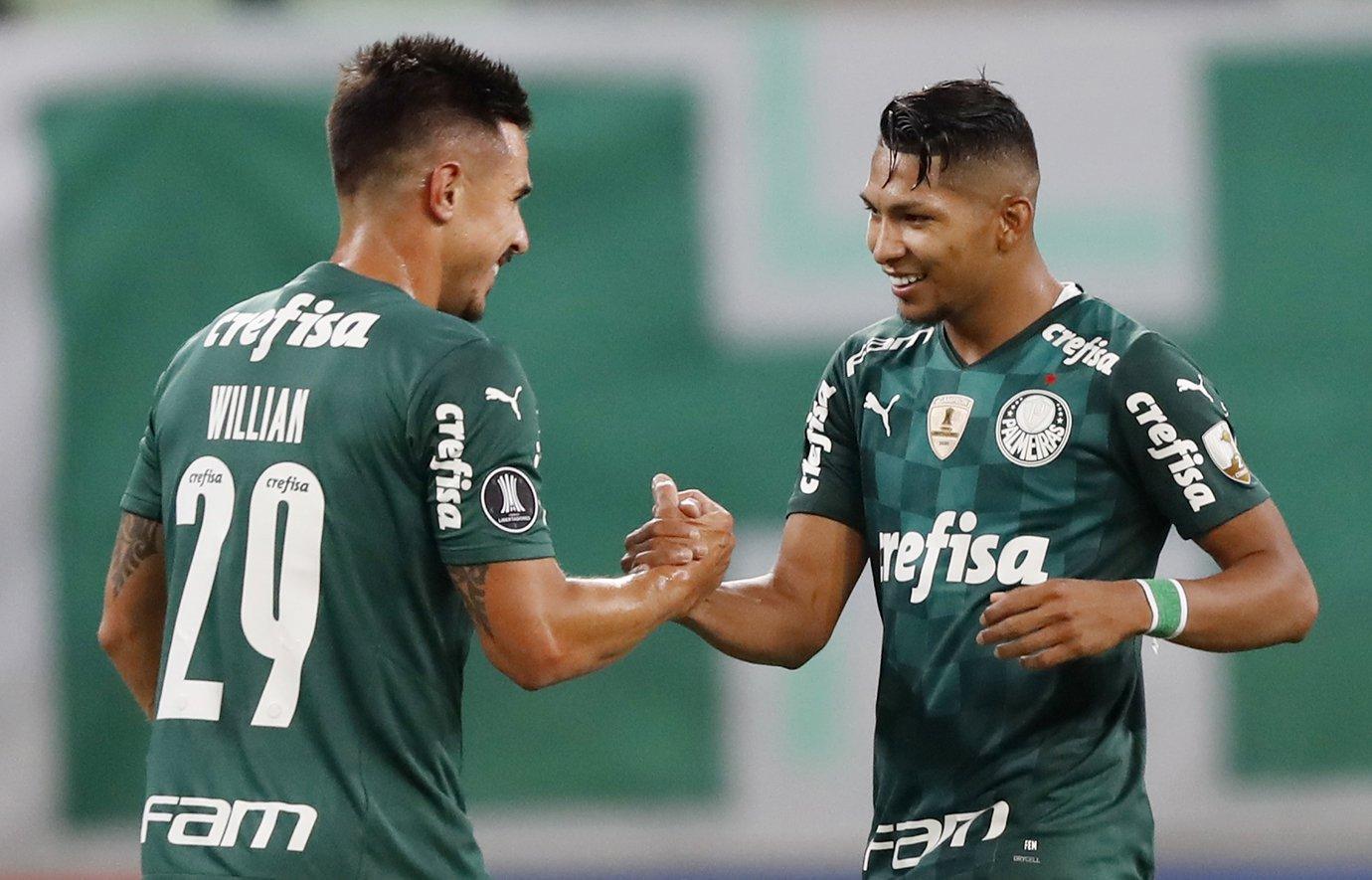 Palmeiras pode ser bicampeão ou bi-campeão da Libertadores?