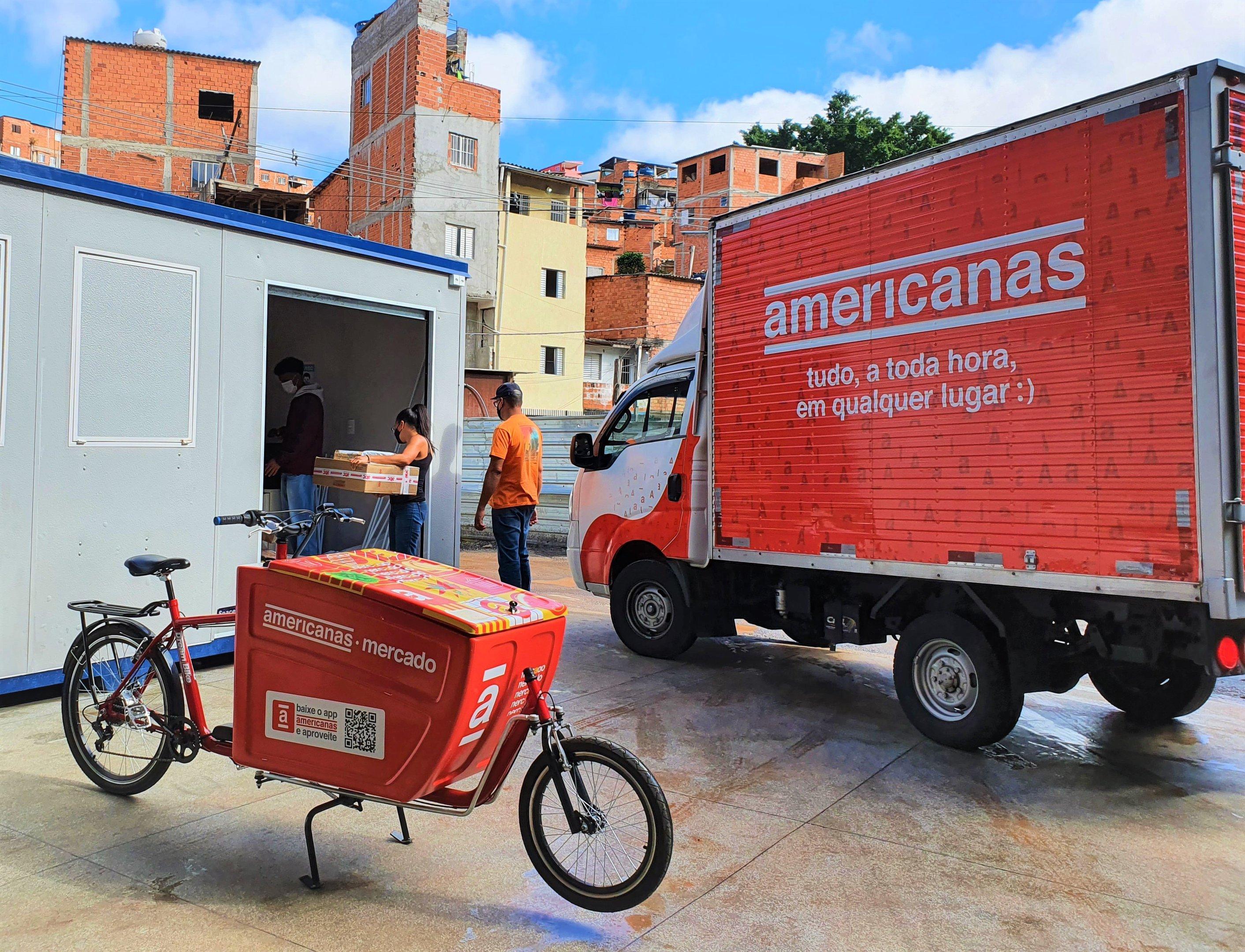 B2W coloca favelas no mapa do e-commerce com entregas em becos e vielas