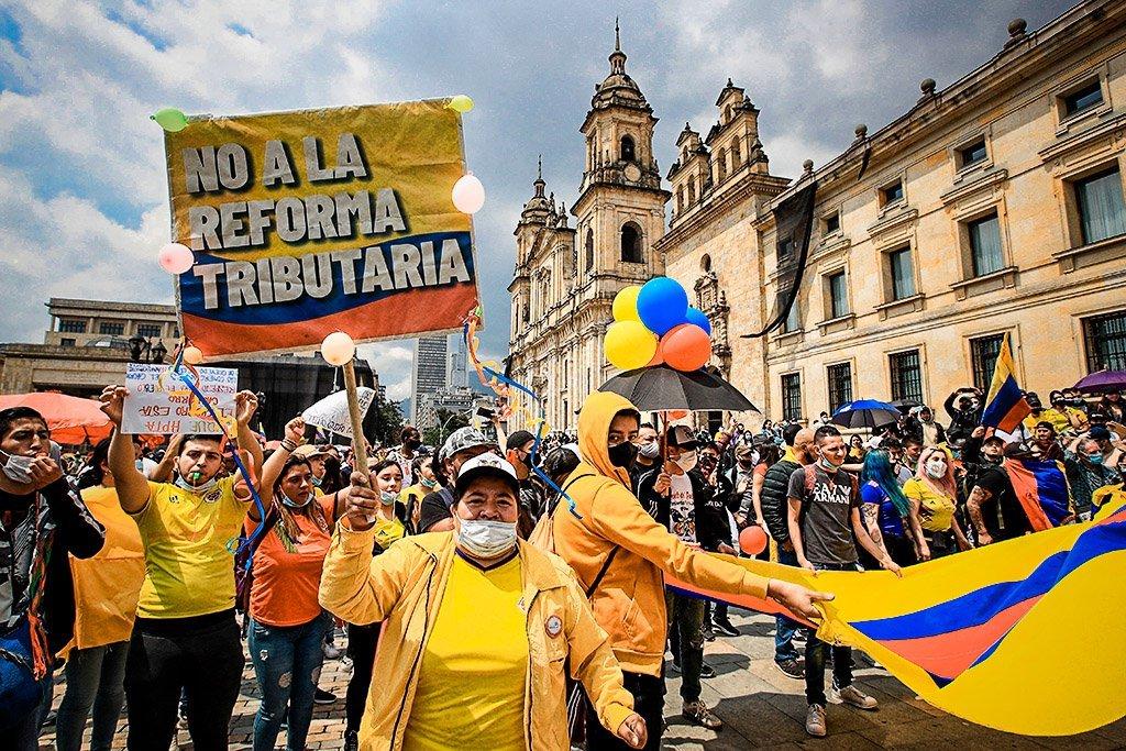 A revolta popular na Colômbia que chega à segunda semana iniciou como oposição à reforma tributária que propôs o aumento da arrecadação do governo