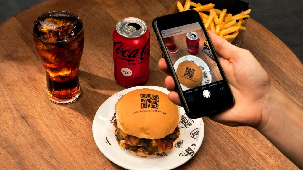Ifood e Coca-Cola hamburguer QR Code
