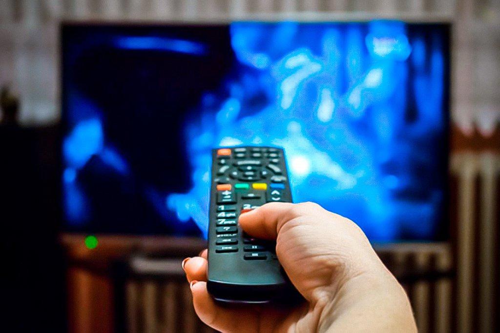 TV por assinatura desidrata no Brasil: 170 mil a menos por mês em 2021