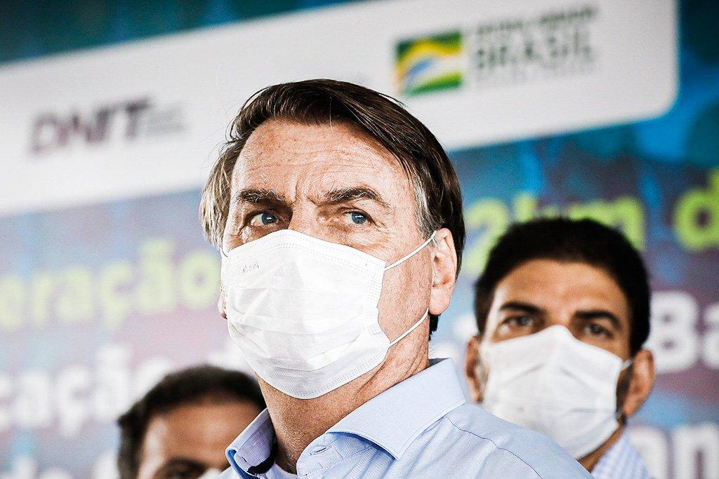 Bolsonaro critica decisão de Rosa Weber que liberou Lima de depor na CPI