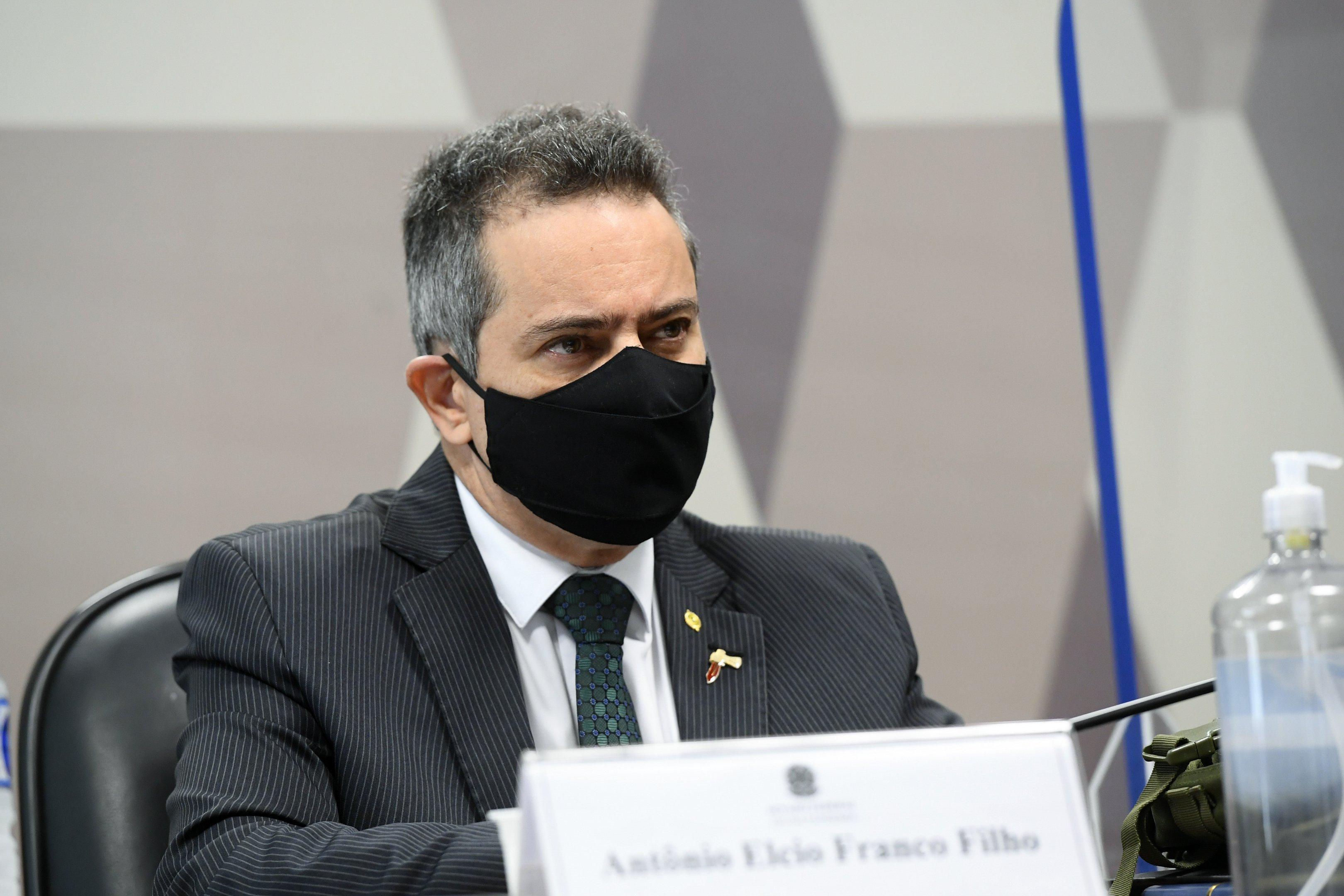 Ex-secretário-executivo do Ministério da Saúde, coronel Antônio Elcio Franco Filho, na CPI da Covid