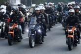 Jair Bolsonaro em motociata em São Paulo no dia 12 de junho