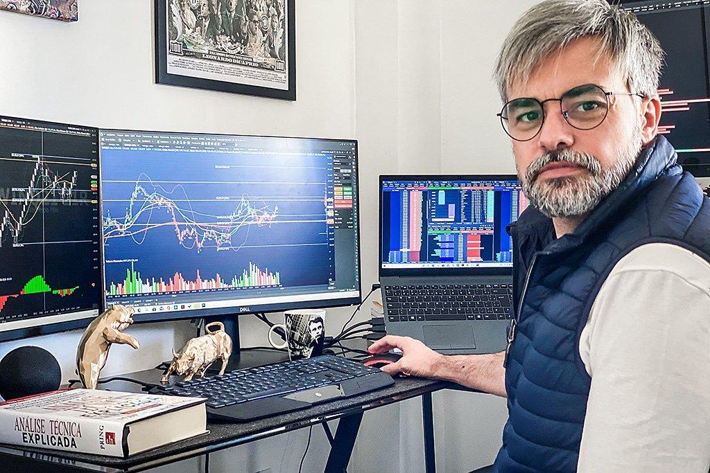 curso mestres do bitcoin funciona