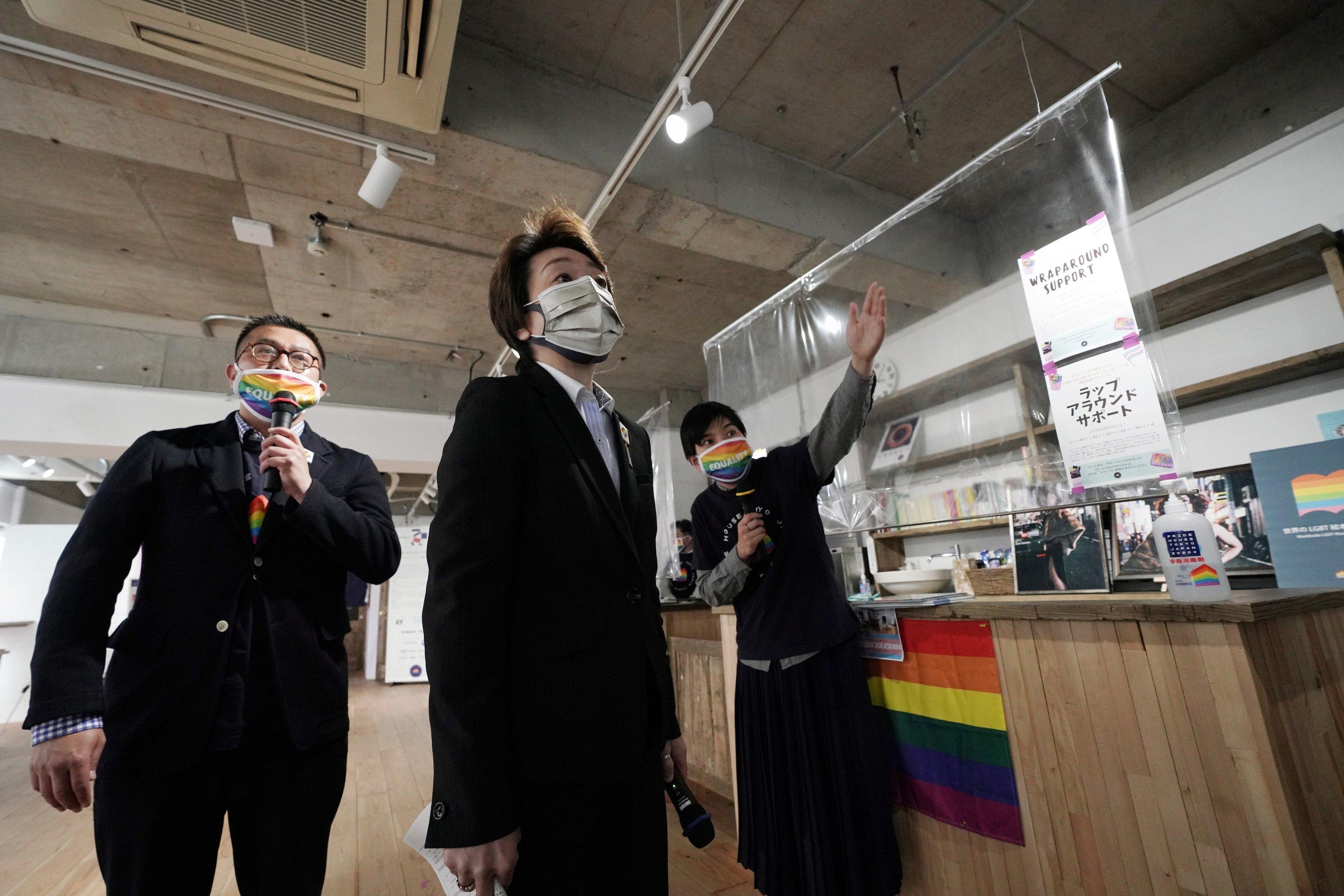 Com mais atletas LGBTQ do que nunca, Jogos colocam foco no Japão