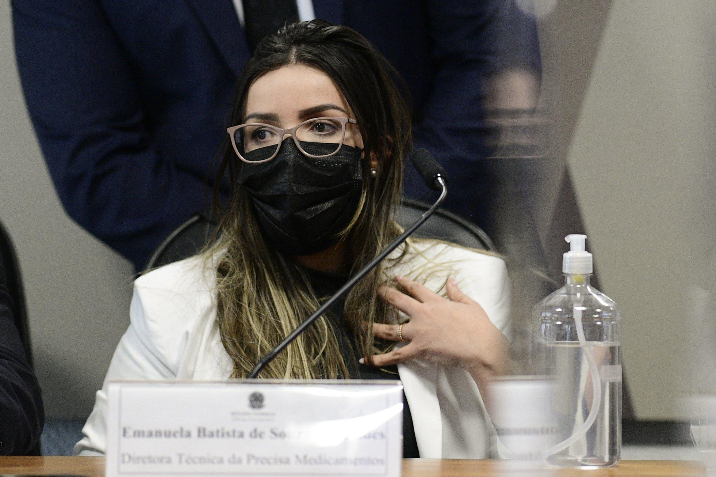 Diretora técnica da Precisa Medicamentos, Emanuela Medrades. na CPI da Covid