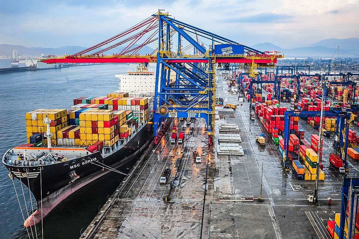 Santos Brasil; Terminal; Contêiner; Navio; Porto de Santos; Exportação