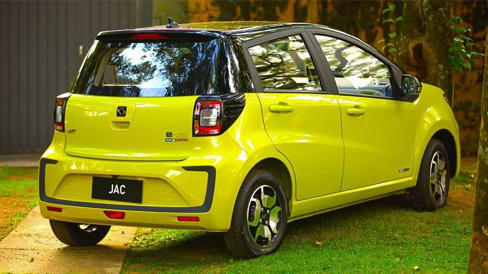 JAC E-JS1 carro elétrico mais barato do Brasil